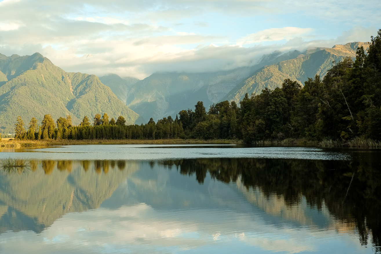 Lake Matheson, West Coast, New Zealand by Nils Leonhardt